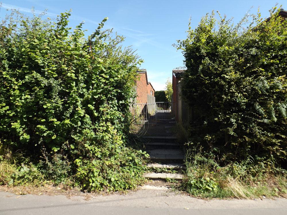 Alley Rockington Way to Blackness Road