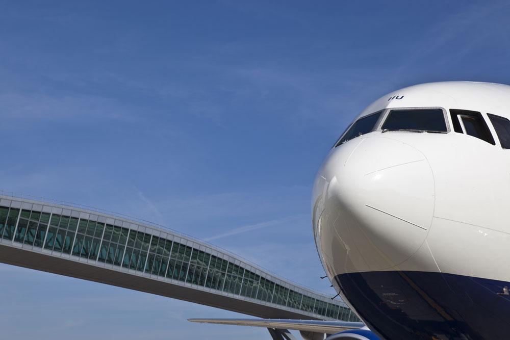 Gatwick-Airplane