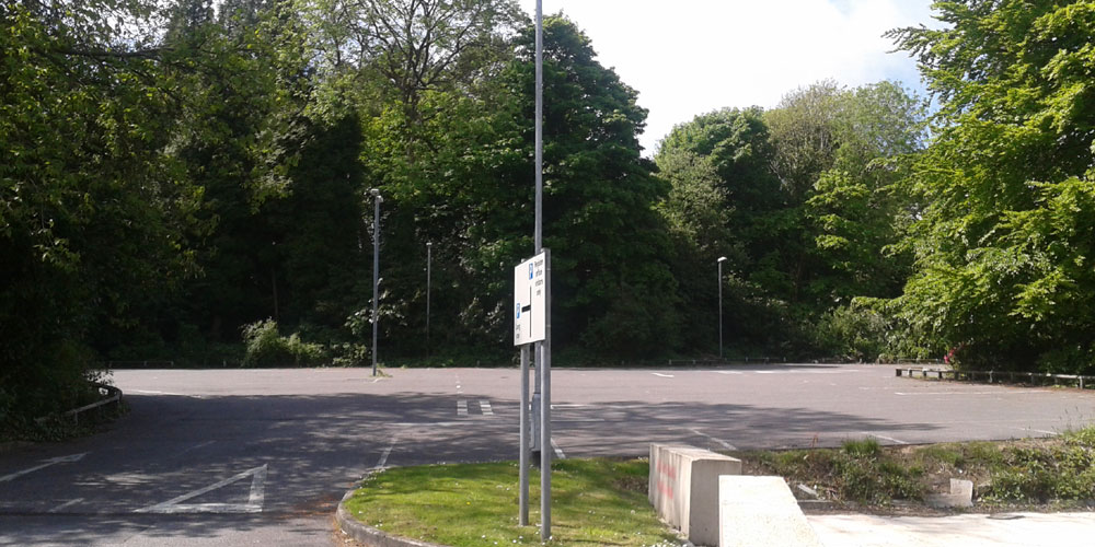 Mead-House-car-park