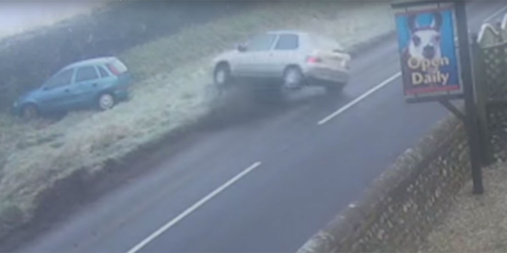 video car rolls alfriston drusillas park sussex cctv 11th Februaru 2016