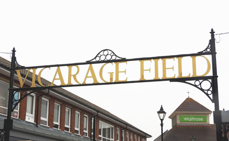 Sign at Vicarage Field Shopping Centre in Hailsham