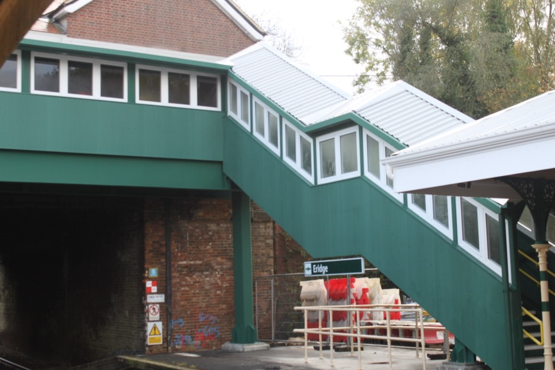 New footbridge opens at Eridge station